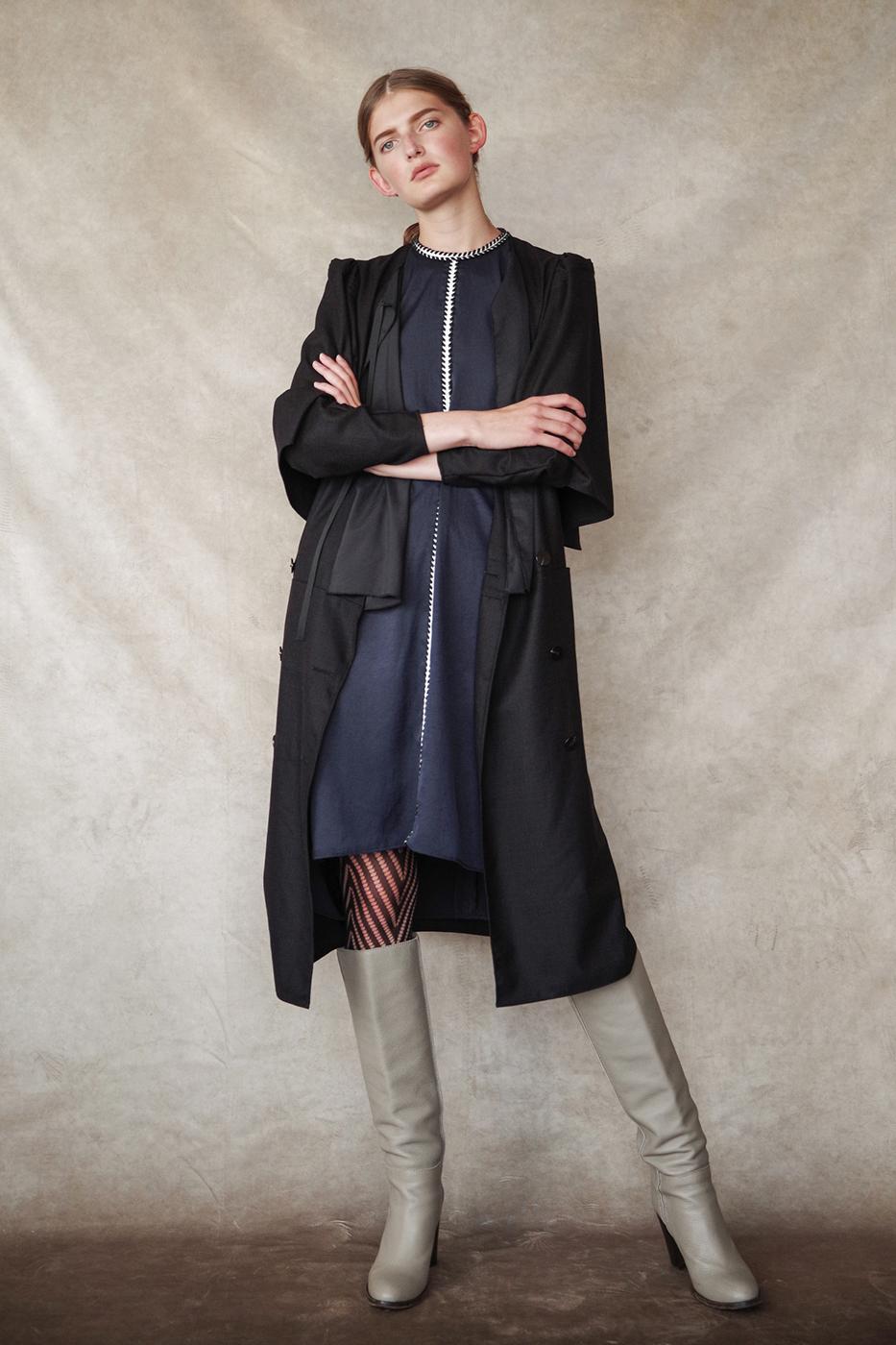 192029 Coat dress ¥46,000, 192056 Dress ¥34,000